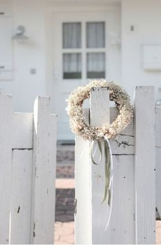 Via Pom Pom Living ~  wreath