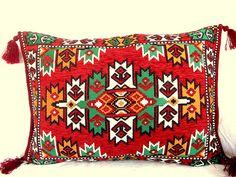 Wowen Pillow // Lumbar pillow // Decorative pillow by asiapillow, $55.00