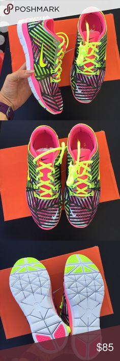 NIKE WOMENS Free 5.0 Sz 8 new NIKE WOMENS Free 5.0 Sz 8 new Nike Shoes
