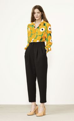 Sofie pants by Marimekko Retro Outfits, Stylish Outfits, Studio 54 Style, Work Looks, Marimekko, Dress For Success, Work Attire, Work Casual, Trousers Women