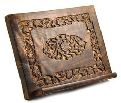 Medallion Wood Cover Bible / Missal Stand $12.99