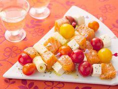 サーモンとトマトとチーズのピンチョス | S エスビー食品株式会社