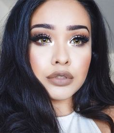 Pinterest // @palewolf_ || omg what is that inner corner highlight?!?!?