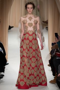 Valentino - Spring 2015 Couture - Netting lace, and embroidery lace…Exquisite..