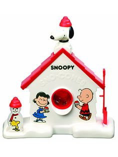 Snoopy Sno Cone Machine.  LOVED this thing!