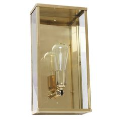Handcrafted Art Déco Brass Wall Light Vitrine 1LN *Kassetten-Wandleuchte Vitrine 1LN in Messing poliert (läuft im Außenbereich an) Exterior Wall Light, Exterior Lighting, Outdoor Sconces, Outdoor Lighting, Craftsman Living Rooms, Art Deco, Bronze, Messing, Polished Brass