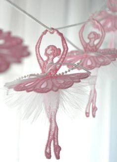 Kwiat garland taniec baleriny garland tutu garland tiul image 2 Ballerina Bedroom, Ballet Room, Ballerina Art, Rose Garland, Flower Garlands, Wedding Window Decorations, Tutu, Window In Shower, Flower Curtain
