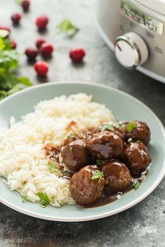 Slow Cooker Cranberry Balsamic Meatballs