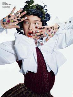 Haute Harajuku Portraiture - The Beauty And The Bling V Magazine Editorial Exudes Opulence