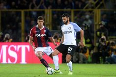 Antonio Candreva of FC Internazionale in action during the Serie A match between Bologna FC and FC Internazionale at Stadio Renato Dall'Ara on September 19, 2017 in Bologna, Italy.