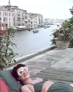 This weekend the network for women working in the visual arts @margueritelondon is taking over our instagram with some of the women in the arts that it finds most inspiring to celebrate the impending International Womens Day! First up is its namesake one of the most significant art patrons of the 20th Century Marguerite Peggy Guggenheim. As well as the way she championed young artists what really draws us to Peggy is her eccentricity and the way she embraced life. She famously had 1000…