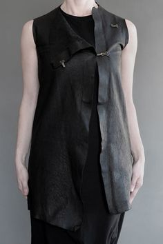 #fashion #avantgarde #dark #Minimal #black #trends #style #wearing