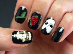 The Phantom of the Opera nails! I NEED!!!