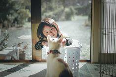 家族。 . . みぃちゃん、 無事に避妊手術を終え帰ってきました。 ババシャツの腹巻き?を着ててなんだか可愛い❤ ずっと寝てるからお腹の傷がきっと痛いんだよね。 人間でもお腹切ればめっちゃ辛いもん😭 私も若い頃二度切ってるからあの時の記憶が蘇りますww . . #うちのみぃちゃん Japan / iwate  #kids #vsco #vscocam #vsco_hub #loves_vscolifestyle #icu_vsco #ig_photooftheday #igrecommend #igers #transfer_visions #global_ladies #tv_vsco #momtogs #cameramama #picture_to_keep #pics_jp #photo_jpn #jj_indetail #unsquares #jj_nosquares #nothingisordinary #ig_kids #kidsmood #jj_emotional #kids_circle
