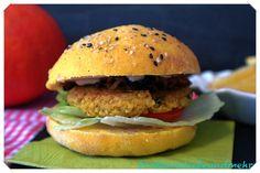 Cous-Cous Hamburger mit Kürbis-Buns – brotbackliebeundmehr