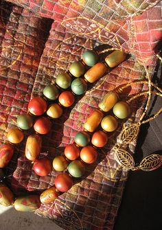 Green-Gold-Red_chunky necklace by artybecca, via Flickr