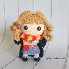 Ravelry: Hermione Granger pattern by Maira Tessino Crochet Hook Sizes, Crochet Hooks, Free Crochet, Hermione Granger, Crochet Designs, Crochet Patterns, Harry Potter Crochet, Yarn Organization, Ron Weasley
