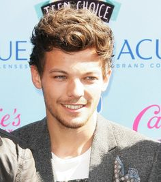 Photo of Louis Tomlinson - 2013 Teen Choice Awards - Picture Browse more than pictures of celebrity and movie on AceShowbiz. One Direction Pictures, I Love One Direction, Louis Tomlinson, Cameron Alexander Dallas, Hipster Hairstyles, Larry Shippers, Wattpad, Louis Williams, Teen Choice Awards