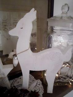 Weihnachtsdeko - Bambi - ein Designerstück von HausNo7 bei DaWanda