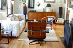 midcentury living room via Honey Kennedy.