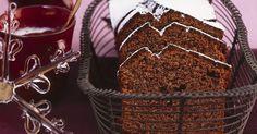 Probieren Sie den leckeren Schoko-Glühwein-Kuchen von EAT SMARTER!