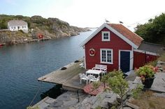 lillesand - Google Search Coastal Cottage, Cottages, Cabin, Google Search, House Styles, Home Decor, Cabins, Decoration Home, Country Homes