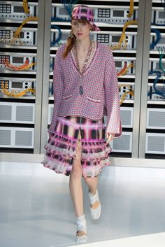 Fotos de Pasarela | Chanel, primavera-verano 2017 Primavera Verano 2017 Paris Fashion Week | 51 de 88 | Vogue