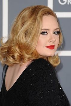 Adele's makeup at the Grammys. Best makeup of the night.