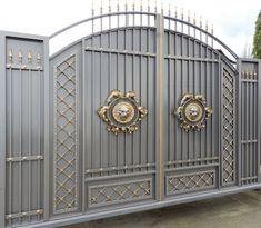 Кованые ворота, с их неповторимым дизайном и тонкой работой, заслужено могут называться произведением искусства. Художественная ковка на сегодняшний день