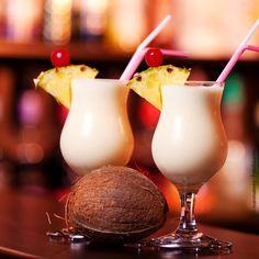 Die einfachsten Rezepte sind oft die besten. Schnell sind die Pina Colada fertig & servierbereit. Das ist karibische Urlaubsstimmung à la Puerto Rico.