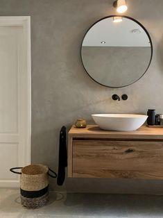 Bathroom Spa, Bathroom Toilets, Modern Bathroom, Small Bathroom, Bad Inspiration, Bathroom Inspiration, Day Spa Decor, Home Decor, Tadelakt