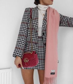 Stunning Winter Outfits You Should Already Own 35 Great plaid skirt 30 Pretty Spring Outfits For Cool Evenings Work 45 Lovey Fall Outfits To Shop This Moment / 26 Popular Fall Outfits To Update Your Wardrobe fall style outfits ideas to winter fashion 2019 Mode Outfits, Winter Outfits, Casual Outfits, Fashion Outfits, Womens Fashion, Clueless Fashion, Jackets Fashion, Fashion Clothes, Spring Outfits