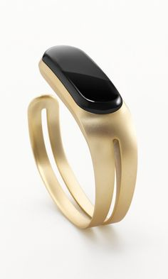 The Mira fitness tracker is changing the wearable market for women.