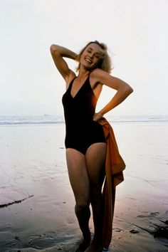 All our Jessica Lange Pictures, Full Sized in an Infinite Scroll. Jessica Lange has an average Hotness Rating of between (based on their top 20 pictures) Jessica Lange Young, Beautiful People, Beautiful Women, Perfect People, Actrices Sexy, Kate Jackson, Looks Style, Old Hollywood, Hollywood Gossip