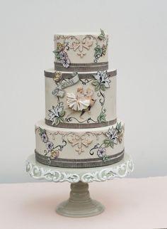 Victorian decoupage circus wedding cake