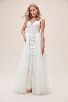 Lace Sheath Wedding Dress with Tulle Overskirt Wedding Dress Pictures, Wedding Dresses For Sale, White Wedding Dresses, Bridal Gowns, Wedding Gowns, Applique Skirt, Affordable Bridal, Traditional Wedding Dresses, Boho Bride