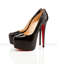 Mr. Louboutin, you shape your shoes like no other. So beautiful.