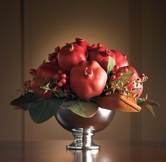 Pomegranate Rich Colors for Christmas Christmas Centerpieces, Floral Centerpieces, Table Centerpieces, Floral Arrangements, Christmas Decorations, Holiday Decor, Fruit Decorations, Food Decoration, Yalda Night