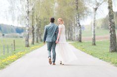 Ein kleiner Einblick vom super inspirierenden Workshop bei Nadia Meli Couple Photos, Couples, Wedding Dresses, Super, Workshop, Wedding Photography, Getting Married, Couple Shots, Bride Dresses