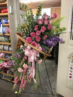 Hermoso diseño Funeral Floral Arrangements, Large Flower Arrangements, Flower Arrangement Designs, Condolence Flowers, Sympathy Flowers, Altar Flowers, Wedding Flowers, Petals Florist, Memorial Flowers