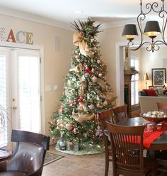 Holiday Home Tour filled with joy and happiness!