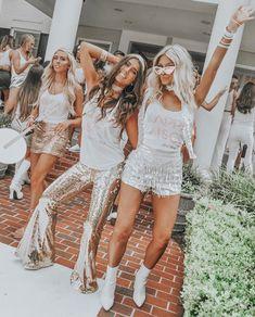 welcome to kappa disco ✨ Sorority Bid Day, College Sorority, Sorority Life, Sorority Recruitment Outfits, Sorority Sisters, Sorority Recruitment Themes, Bff Goals, Best Friend Goals, Besties