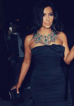 Kim Kardashian Style...love that necklace!