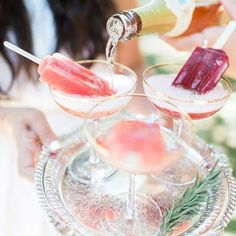 Champagne & ice blocks seen on @smpweddings perfect summer xmas drinks
