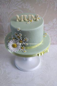 Simple daisy cake - Cake by Zoe's Fancy Cakes