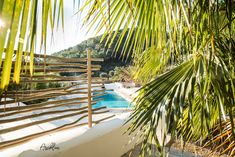 PURE HOUSE IBIZA is an amazing Boutique and Lifestyle Hotel in Ibiza island in Spain. Just a Paradise if you asking from me. Ibiza Style Interior, Ibiza Island, Hotel Ibiza, Fence Styles, Villa, Small Room Design, Mediterranean Home Decor, Ibiza Fashion, Natural Home Decor