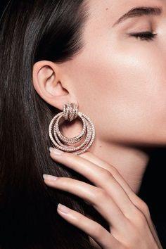 5 Smart Clever Tips: Jewelry Bracelets Pictures jewelry necklace big.Jewelry Teen Bracelet jewelry u Big Jewelry, Luxury Jewelry, Jewelry Sets, Gold Jewelry, Beaded Jewelry, Jewelry Bracelets, Jewelry Design, Women Jewelry, Designer Jewellery