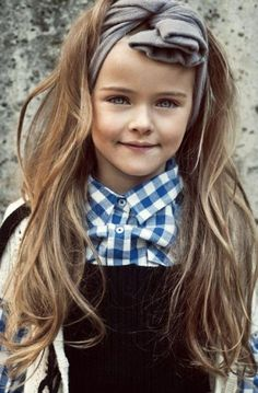 Beautiful Long Messy Hairstyle for Girls