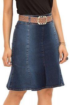 saia jeans evase laura rosa recorte frente Mod Dress, Dress Skirt, Mode Plus, Girl Outfits, Fashion Outfits, Clothing Hacks, Denim Fabric, Dress Patterns, Plus Size Outfits