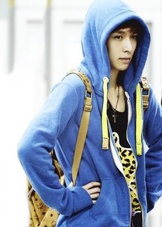 I think Lay Oppa looks especially cute in hoodies.
